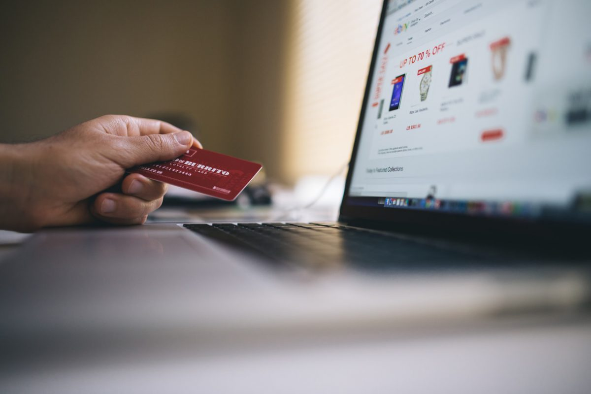The difference between a payment gateway, processor and a merchant account
