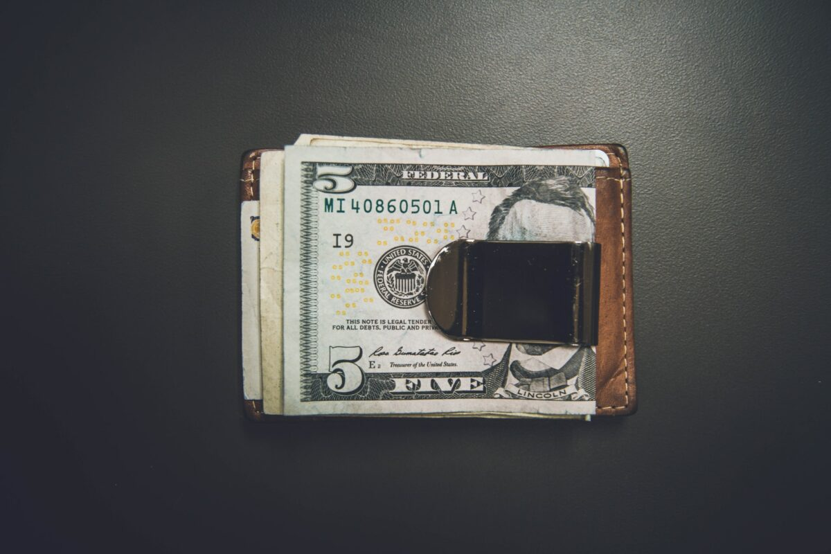 The difference between e-Wallets and payment gateways